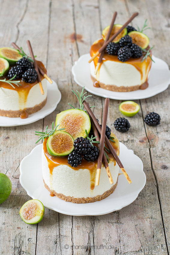 mikado t rtchen deluxe no bake mini cheesecake mit salzkaramell brombeeren und feigen. Black Bedroom Furniture Sets. Home Design Ideas