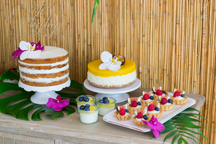 Dekoration | Babyshower-Party | Karbik-Party | Tropical decoration | tropical sweet table | © monsieurmuffin