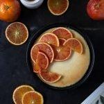 Blutorangen-Cheesecake mit feiner Marzipannote. Der perfekte Winter-Cheesecake.